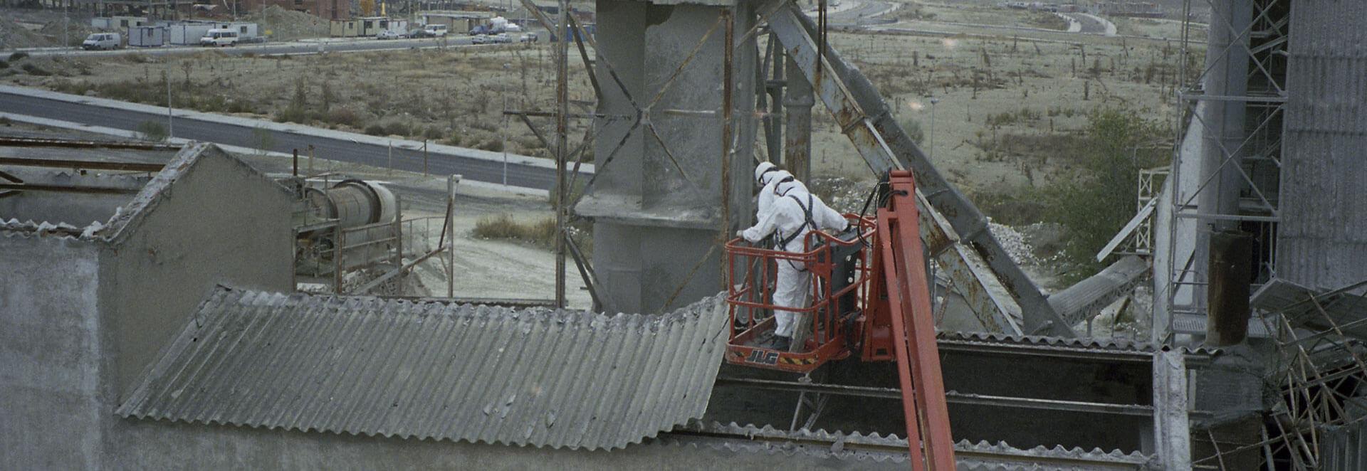 Desmontaje de uralita desmontaje de fibrocemento en fábrica de Escayolas Marín