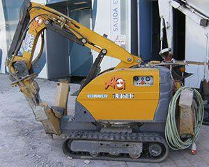 AG Construcciones - Maquinaria ligera - BROKK 180