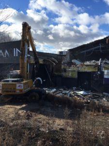 Demolición de nave industrial en San Fernando de Henares