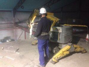 Demolición de forjado en nave industrial de Fuente el Saz del Jarama